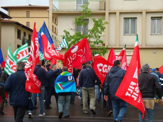 Trasporti: sindacati, domani sciopero bus e metro per rinnovo contratto