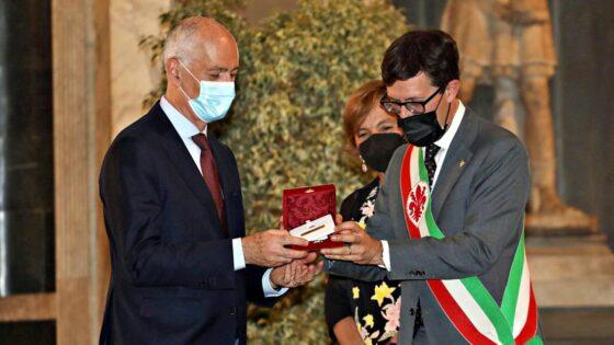 Fiorino d'oro a Franco Gabrielli, sottosegretario alla Presidenza del Consiglio