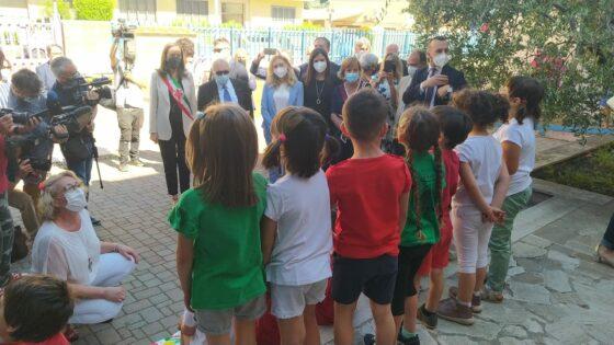 """🎧 """"Stiamo lavorando per una scuola in presenza"""", il ministro dell'Istruzione a Firenze"""