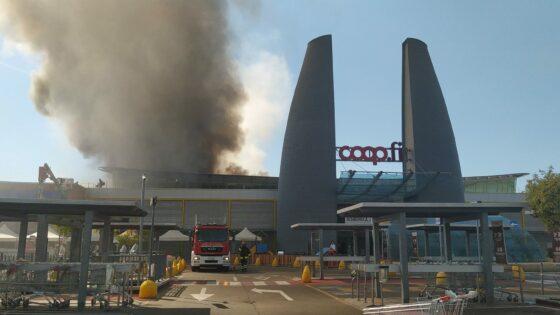 Coop. a ponte a Greve supermercato 'temporaneo' al posto di quello bruciato