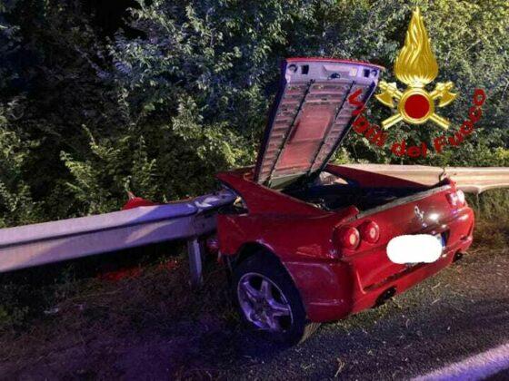 Incidente mortale Fi-Pi-Li: a guida Ferrari perde controllo auto