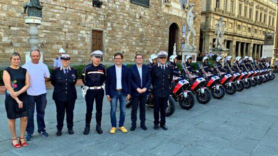🎧 Nuove moto alla Polizia Municipale di Firenze