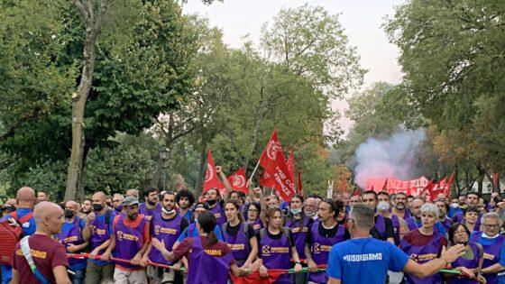 Gkn: la grande manifestazione di Firenze