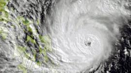 FILIPPINE, TIFONE EVACUATE 1 MILIONE DI PERSONE