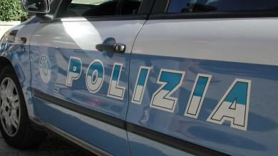 MARINA DI PIETRASANTA (LUCCA): RAPINATORE ROLEX INSEGUITO E BLOCCATO DAI PASSANTI