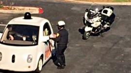 GOOGLE CAR TROPPO LENTA, FERMATA DALLA POLIZIA