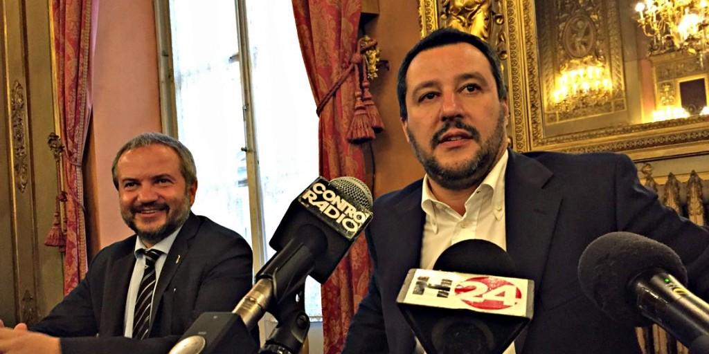 """Viareggio: """"Mettiamo Salvini al posto dei rom"""""""